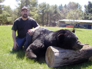 Rod's Masinca with his big black bear